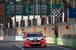James Courtney en Jack Perkins, Holden Racing Team