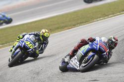 Хорхе Лоренсо, Yamaha Factory Racing и Валентино Росси, Yamaha Factory Racing