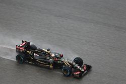 Romain Grosjean, Lotus F1 E23 lors des qualifications
