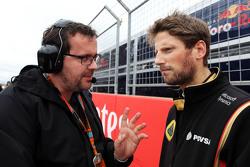 Julien Simon-Chautemps, Lotus F1 Team Ingeniero de Carrera con Romain Grosjean, Lotus F1 Team en la