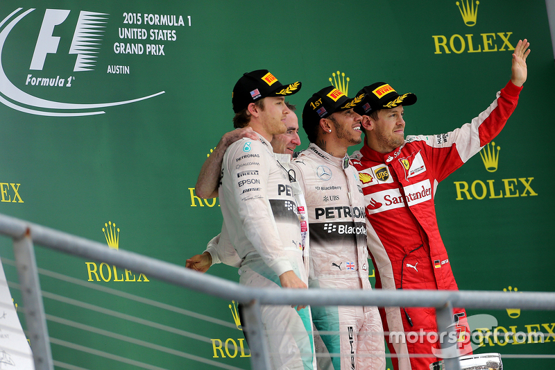 Podium: Second place Nico Rosberg, Mercedes AMG F1 Team, third place Sebastian Vettel, Scuderia Ferr