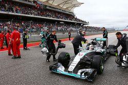 Льюис Хэмилтон, Mercedes AMG F1 W06 на стартовой решетке
