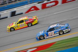 Michael Waltrip, Michael Waltrip Racing Toyota and Landon Cassill, Hillman Circle Sport LLC Chevrolet