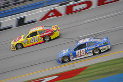 Michael Waltrip, Michael Waltrip Racing Toyota and Landon Cassill, Hillman Circle Sport LLC Chevrole