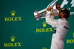 Podium: Race winner and World Champion Lewis Hamilton, Mercedes AMG F1