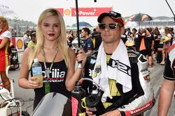 Alvaro Bautista, Aprilia Racing Team Gresini with grid girl