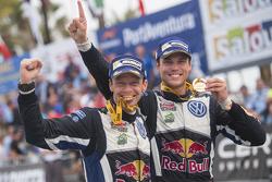 Les vainqueurs Andreas Mikkelsen et Ola Floene, Volkswagen Polo WRC, Volkswagen Motorsport