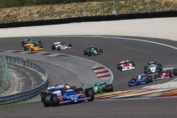 La partenza di Gara 2 delle F1 Storiche