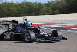 Nick Padmore, Lotus 77