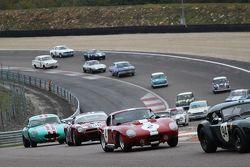 Partenza di Gara 1 per GT e vetture turismo prima del 1966