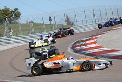 Une Superleague Formula part en tête-à-queue en BOSS GP