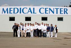Personal del Centro Médico del Autódromo Hermanos Rodríguez