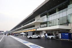 De pits van het Autodromo Hermanos Rodriguez