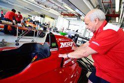 Pietro Fittipaldi car getting ready