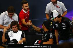 Will Stevens, Manor Marussia F1 Takımı ve Lewis Hamilton, Mercedes AMG F1 FIA Basın Konferansında