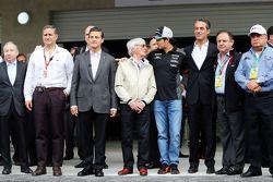 Jean Todt, Président de la FIA; Enrique Pena Nieto, Président du Mexique; Bernie Ecclestone; Sergio Perez, Sahara Force India F1; Carlos Slim Domit, Président d'America Movil