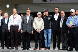 Jean Todt, FIA President; Enrique Pena Nieto, Mexican President; Bernie Ecclestone, Sahara Force India F1; Carlos Slim Domit, Chairman of America Movil