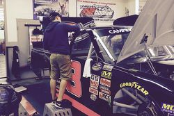 John Hunter Nemechek works on his truck