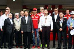 Jean Todt, FIA President; Bernie Ecclestone, Mexican President; Esteban Gutierrez, Ferrari Test and Reserve Driver; Maurizio Arrivabene, Ferrari Team Principal; Carlos Slim Domit, Chairman of America Movil