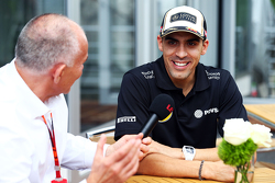 Pastor Maldonado, Lotus F1 Team with Peter Windsor, Journalist