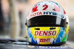 Helmet of Alexander Wurz, Toyota Racing