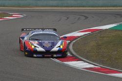 SMP车队72号法拉利458 GTE赛车:安德里亚·贝托里尼、维克多·沙塔尔、埃里克西·巴索夫