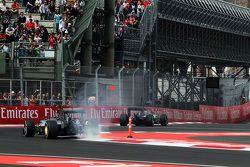 Nico Rosberg, Mercedes AMG F1 W06 avec ses freins arrière en feu