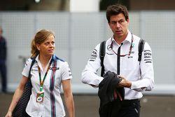 Susie Wolff, Pilote de développement Williams avec son mari Toto Wolff, Directeur Exécutif de Mercedes AMG F1