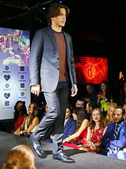 Roberto Merhi, Manor Marussia F1 Team op de Amber Lounge Fashion Show