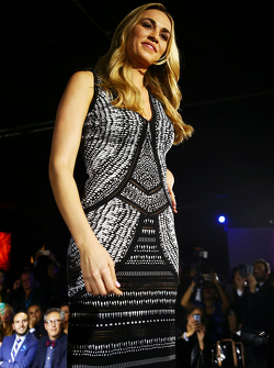 Carmen Jorda, Lotus F1 Team Development Driver op de Amber Lounge Fashion Show