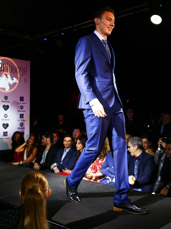 Pierre Gasly, Red Bull Racing testrijder op de Amber Lounge Fashion Show
