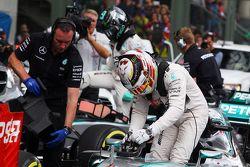 Le deuxième, Lewis Hamilton, Mercedes AMG F1 W06