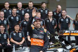 Sergio Pérez, Sahara Force India Team conlos miembros del equipo Sahara Force India