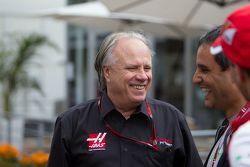 Gene Haas, Presidente de Haas Automotion y Juan Pablo Montoya