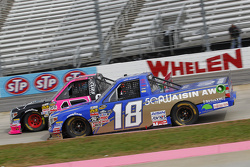 Ross Kenseth, Hattori Racing Enterprises y Cameron Hayley, ThorSport Racing Toyota