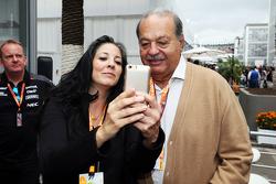 Carlos Slim, zakenman, met het Sahara Force India F1 Team