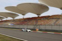 #91 Porsche Team Manthey Porsche 911 RSR: Richard Lietz, Michael Christensen