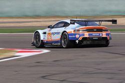 #96 Aston Martin Racing Aston Martin Vantage GTE : Francesco Castellacci, Stuart Hall, Liam Griffin