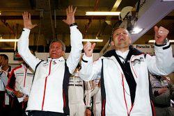 Alexander Hitzinger, Directeur Technique LMP1 avec Fritz Enzinger, Chef du Département LMP1 Porsche Team