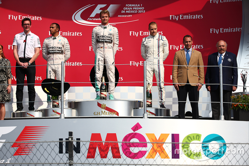 Podium: Race winner Nico Rosberg, Mercedes AMG F1 W06, second place Lewis Hamilton, Mercedes AMG F1