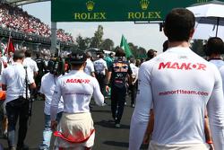 Alexander Rossi, Manor Marussia F1 Team en Will Stevens, Manor Marussia F1 Team op de grid
