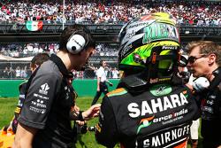 Sergio Perez, Sahara Force India F1 op de grid