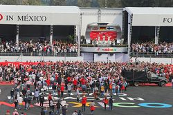 Podium: Second place Lewis Hamilton, Mercedes AMG F1, race winner Nico Rosberg, Mercedes AMG F1 and