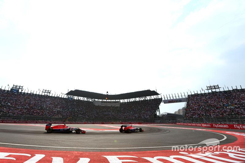 De 1993 a 2014, los aficionados mexicanos estuvieron sin F1 en su país. En 2015, se mostró al público un Hermanos Rodríguez moderno, pero sin uno de sus íconos más grandes, la curva Peraltada, que era similar a la Parabólica de Monza.