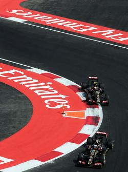 Romain Grosjean, Lotus F1 E23 leads team mate Pastor Maldonado, Lotus F1 E23
