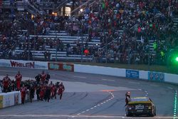 Winner Jeff Gordon, Hendrick Motorsports Chevrolet
