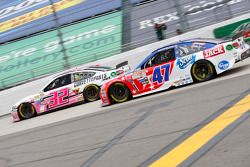 Kyle Fowler, Go FAS Racing Ford en A.J. Allmendinger, JTG Daugherty Racing Chevrolet