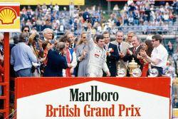 Race winner Alan Jones, Williams
