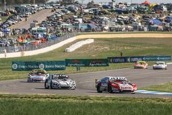 Pedro Gentile, JP Racing Chevrolet, Laureano Campanera, Donto Racing Chevrolet, Martin Serrano, Coir