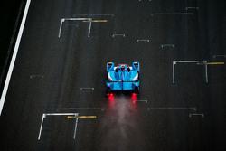 السيارة رقم 29 بيغاسوس ريسينغ مورغان-نيسان: دايفيد شينغ، هو بين تونغ، أليكس برندل